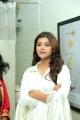 Actress Yamini Bhaskar Launches BeYou Family Salon at Narasaraopet Photos