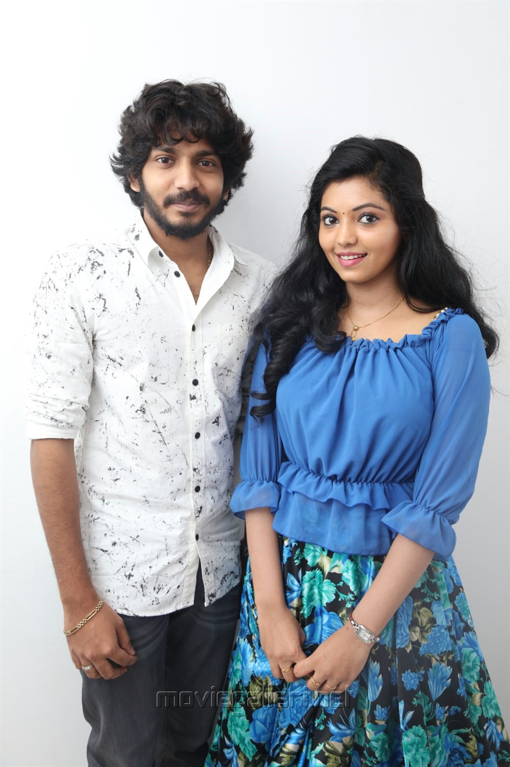 Sam Jones, Athulya Ravi @ Yemaali Movie Pooja Stills