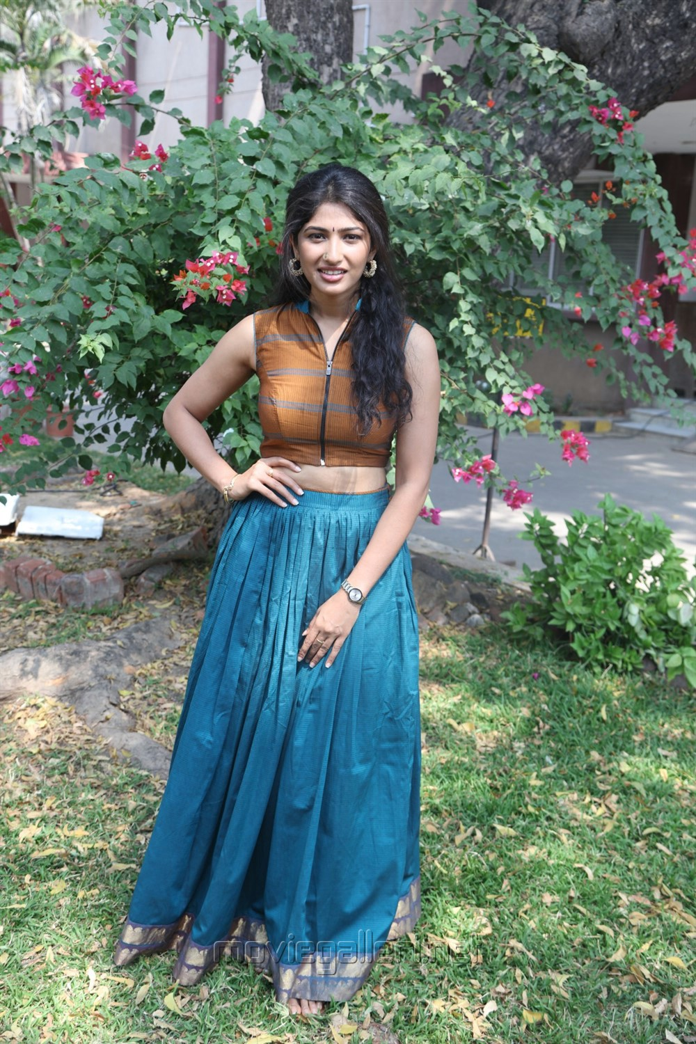 Actress Roshini Prakash @ Yemaali Movie Press Meet Stills