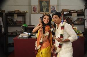 Kajal Aggarwal, Jiiva in Yenthavaraku Ee Prema Movie Stills