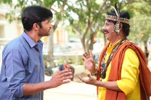 Kamal Kamaraju, Uttej in Yerra Cheera Movie Stills