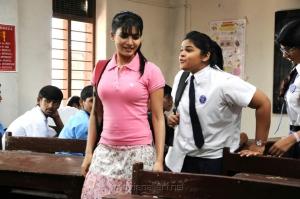 Actress Samantha in Yeto Vellipoyindi Manasu Movie New Stills