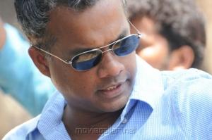 Gautham Vasudev Menon at Yeto Vellipoyindi Manasu Working Stills