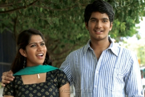 Swasika, Sai Krish in Yetu Chusina Nuvve Movie Stills