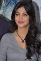Actress Shruti Hassan @ Yevadu Movie Success Meet Stills