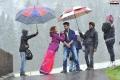 Shruti Hassan, Ram Charan in Yevadu Movie Working Stills