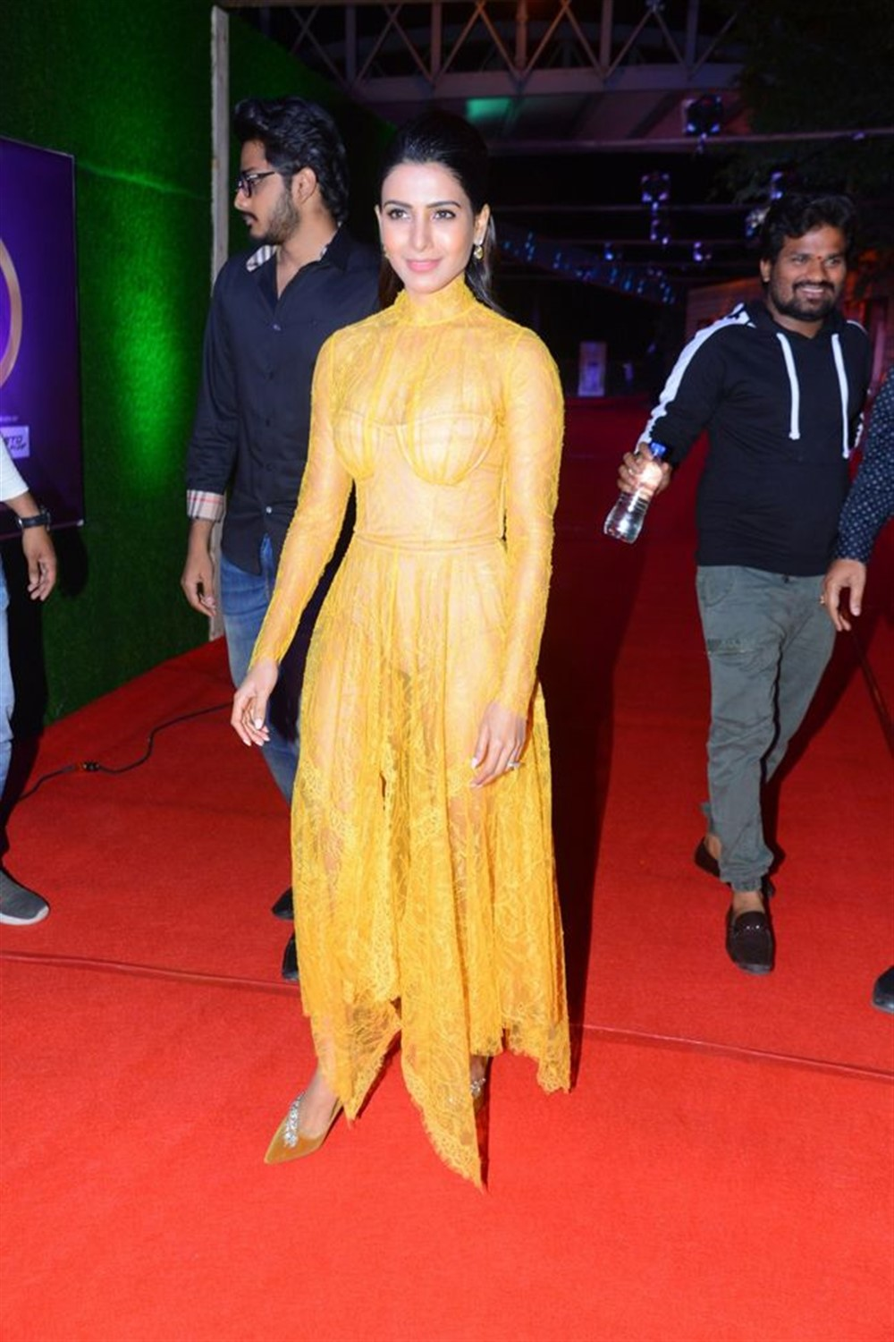 Actress Samantha Akkineni @ Zee Telugu Cine Awards 2020 Red Carpet Stills