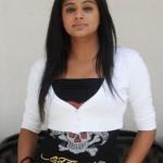 Priyamani Cute Photo Shoot Pics