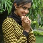 Tamil Actress Anaka Stills