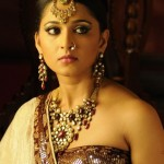 Anushka Hot in Nagavalli Movie Stills, Nagavalli Anushka Shetty Photos