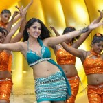 Anushka Hot in Puli Veta Movie Stills, Puli Veta Anushka Hot Wallpapers