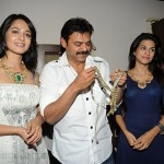 Nagavalli Movie Team at Krsala Jewellery Pressmeet Stills