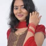 Tamil Actress Dhiyana Photos, Dhiyana Stills, Dhiyana Gallery, Dhiyana Wallpapers