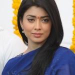 Shriya Saran New Pictures