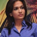 Soundarya Rajinikanth New Stills @ Rana Press Meet