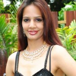Hyderabad Model Heena @ HITEX Gems Expo 2011 Stills