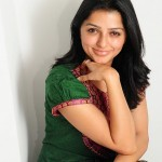 Bhumika Chawla Cute Pictures