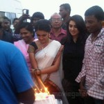 Saranya Mohan Birthday @ Velayutham On Location