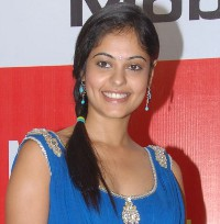 Bindu Madhavi New Photo Gallery @ Celkon Mobiles
