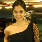 Bindu Madhavi Hot Stills @ Pilla Zamindar