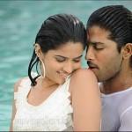 Allu Arjun, Deeksha Seth Vedam Hot Stills