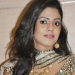 Iniya Latest Cute Stills