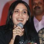 Aishwarya Dhanush New Stills