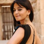 Anushka Hot Spicy Saree Pics