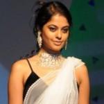Bindu Madhavi Hot Saree Stills