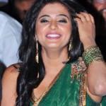 Priyamani New Green Saree Pics