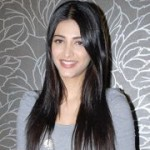 Shruti Hassan Cute Stills