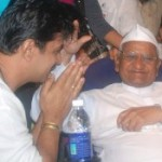 Arjun Met Anna Hazare Stills