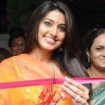 Actress Sneha launches Green Trends Salon