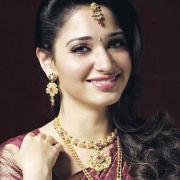 Tamanna in Khazana Jewellery Ad Pics