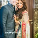 Nisha Agarwal Karan Valecha Engagement Photos