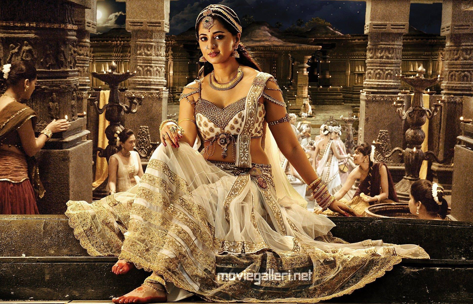 Rudramadevi Actress Anushka Shetty Beautiful Gorgeous Image