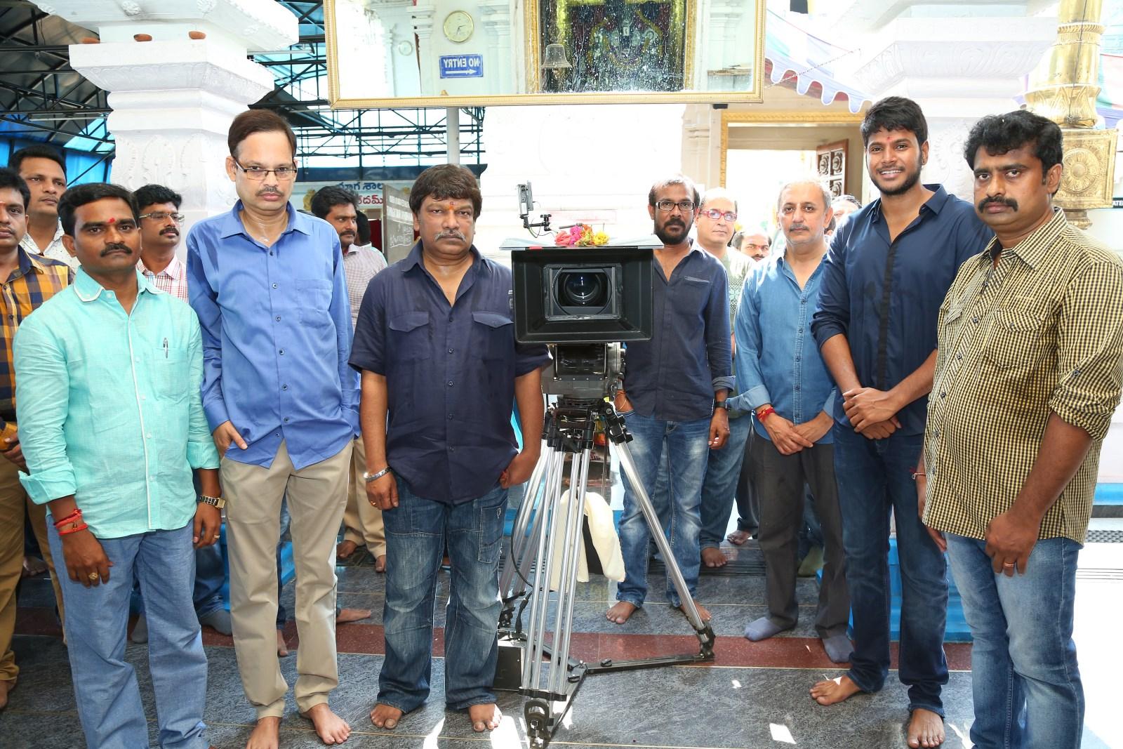 Sundeep Kishan - Krishna Vamsi's Nakshatram Film Launch2