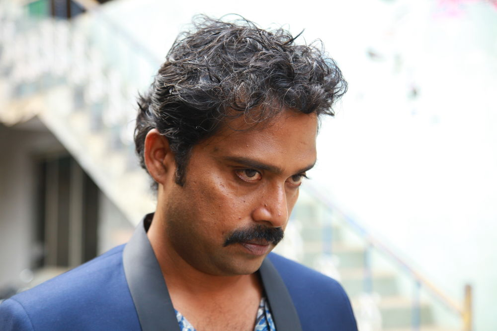 'Joker' Guru Somasundaram turns Villain through 'Yaakkai'