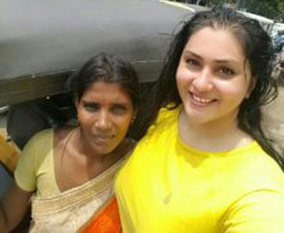 Namitha's selfie with woman auto driver