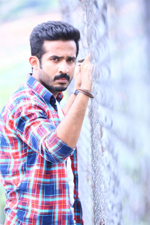 Telugu TV Anchor Ravi turns Hero @ Idi Ma Prema Katha MOvie