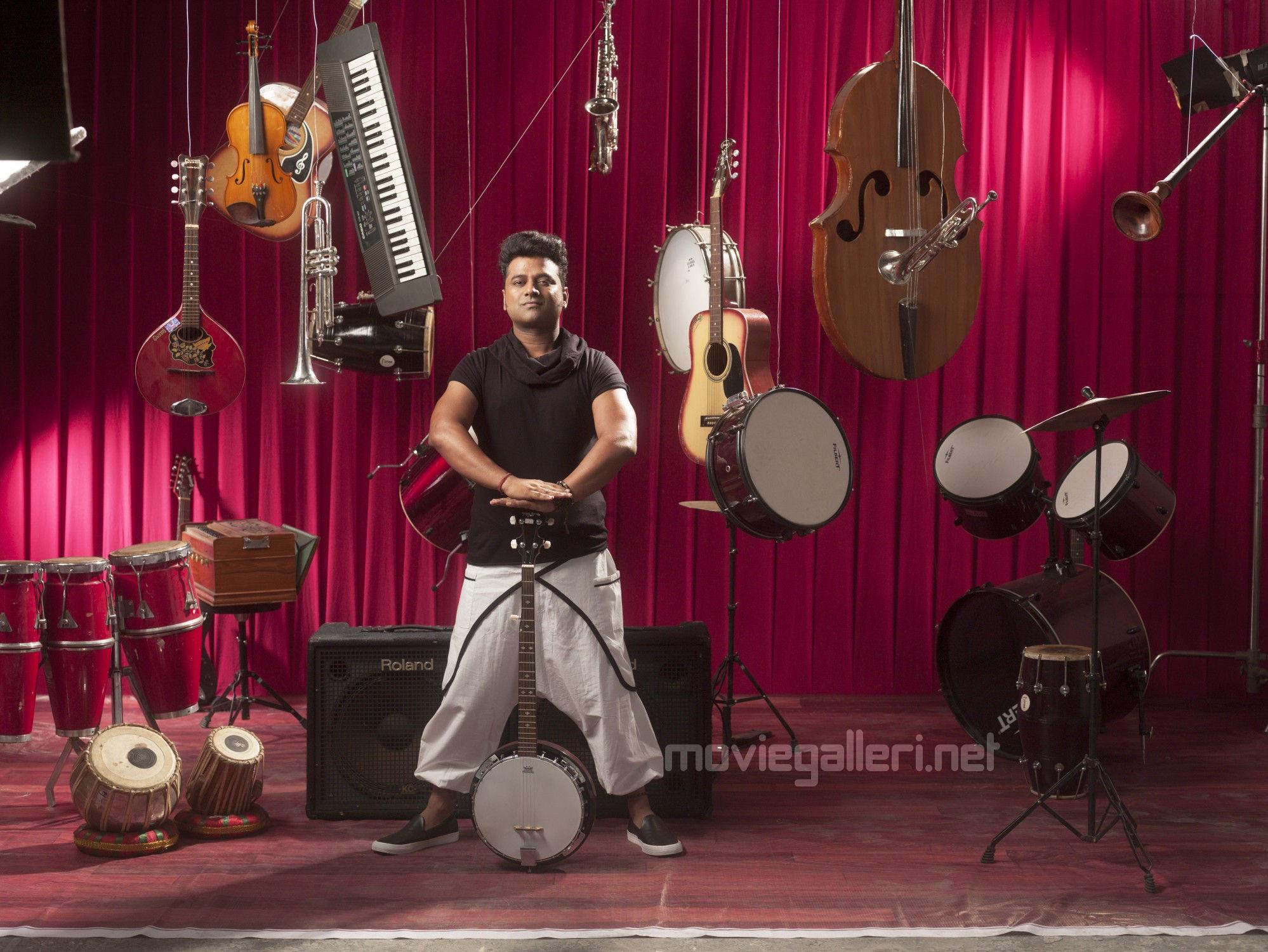 Devi Sri Prasad to score music for Saamy 2