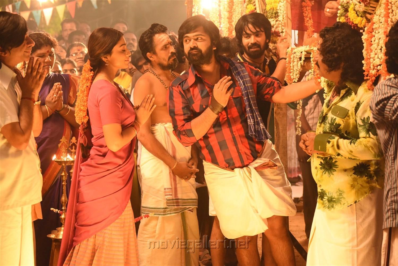 Anbanavan Asaradhavan Adangadhavan Stills AAA Movie Simbu Shriya Saran