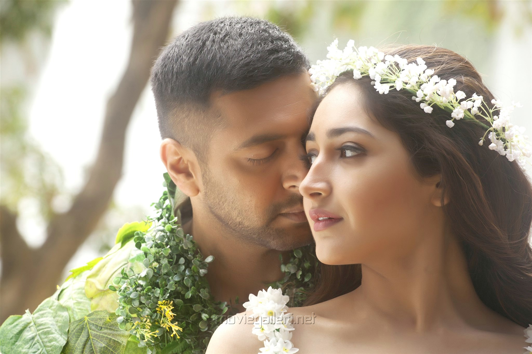 Jayam Ravi, Sayyeshaa Saigal in Vanamagan Movie Review