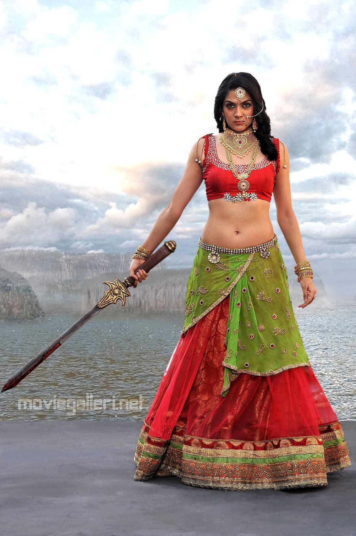 Actress Sakshi Chaudhary in Suvarna Sundari Telugu Movie Image