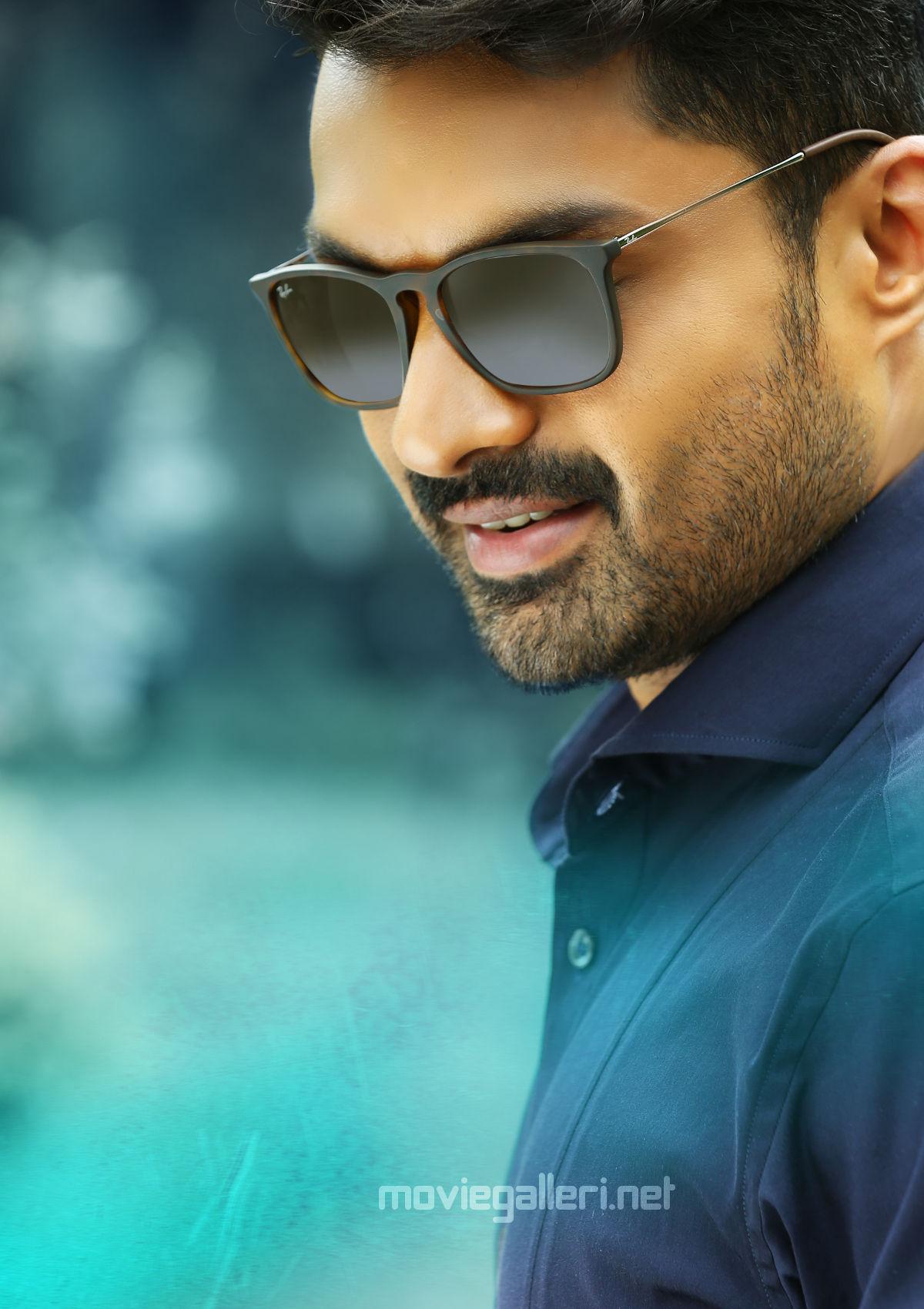MLA Movie Nandamuri Kalyan Ram First Look Image