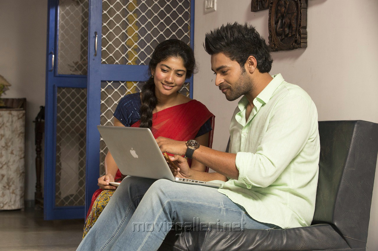 Sai Pallavi Varun Tej Fidaa Telugu Movie Images