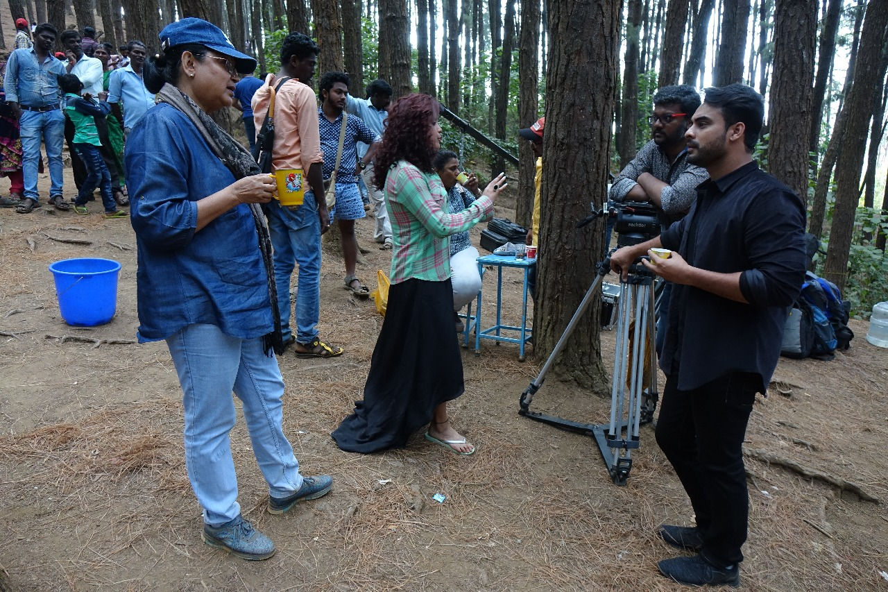 Abhiyum Anuvum Movie Director BR Vijayalakshmi Actress Pia Bajpai