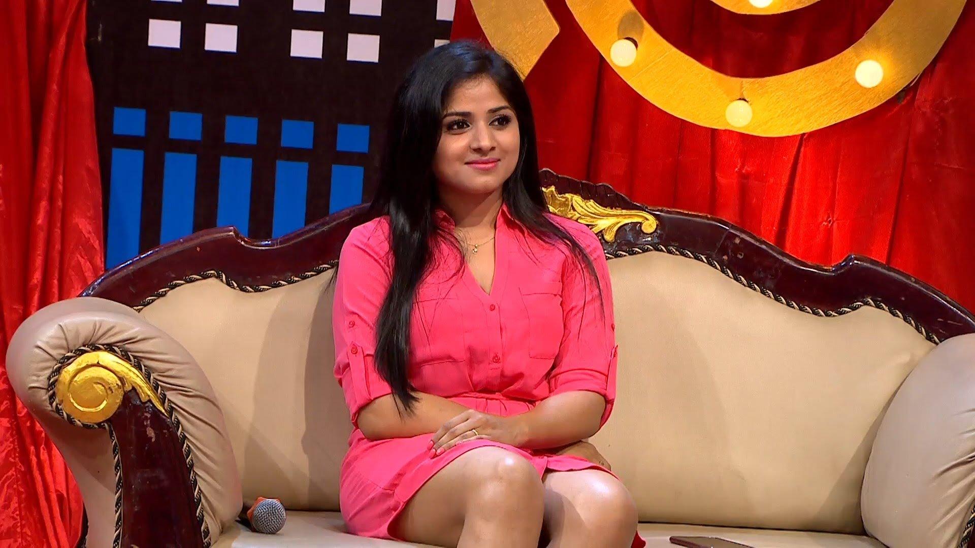 Hot Looking Actress Chandini Sreedharan in MGR Pandian Movie