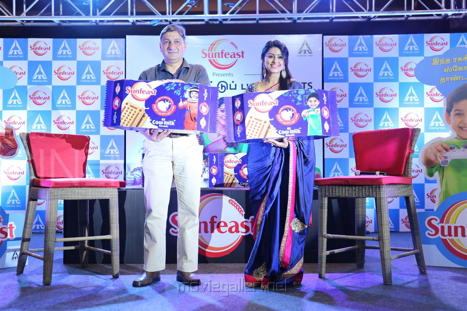 Tamil Actress Sneha Prasanna Launches The First Ever Native Indian Cow Milk (A2 Nattu Maadu Paal) Sunfeast Biscuits Photos