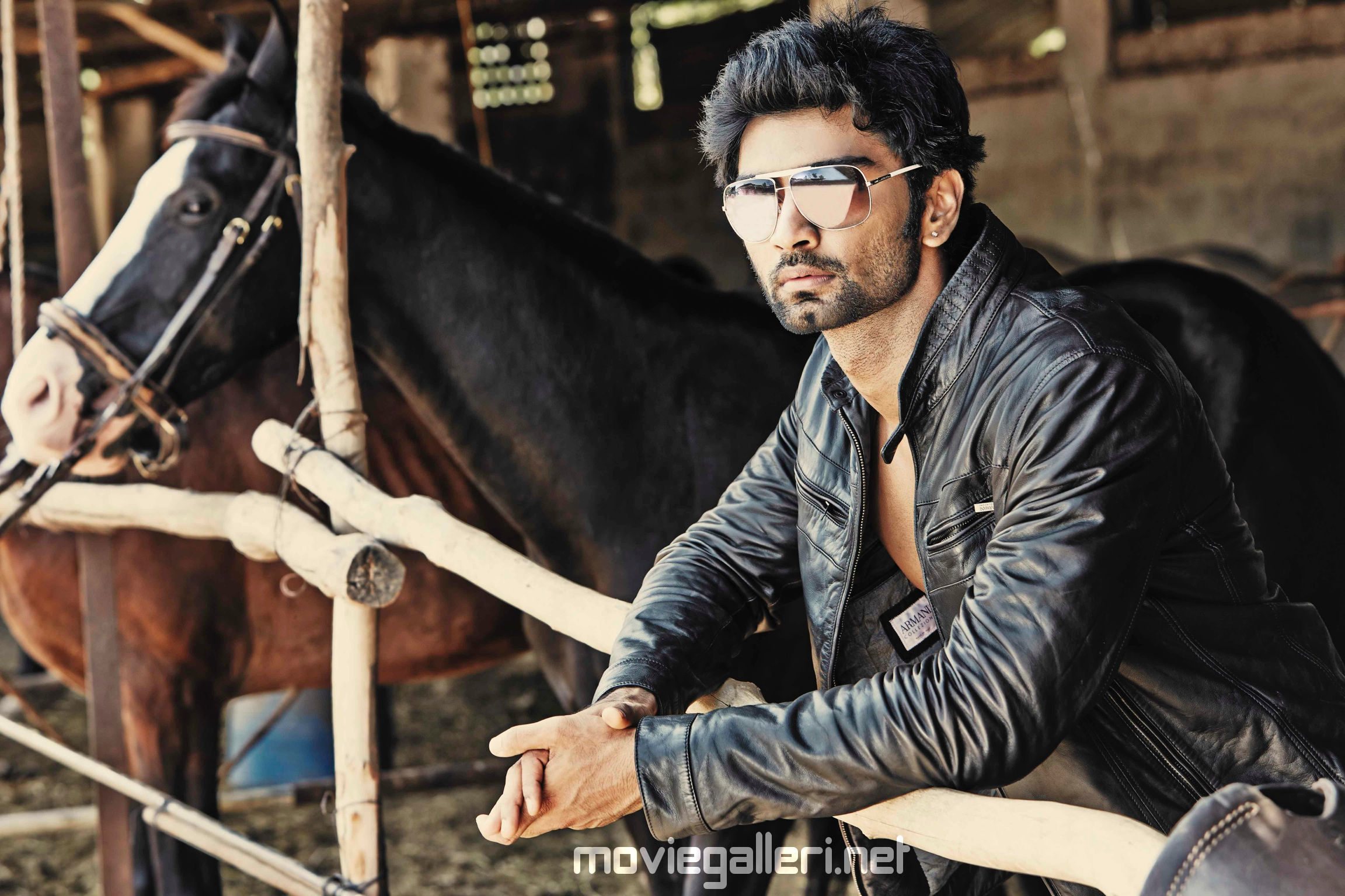 Actor Atharvaa in 8 Thottakal director's next
